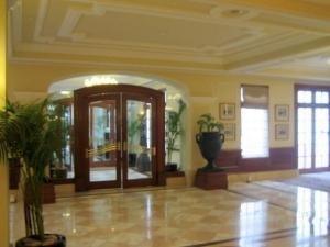 1img_3352imperial-lobby